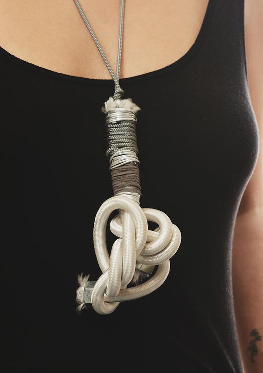 Blackoutlabel necklaces seduce me knot 7